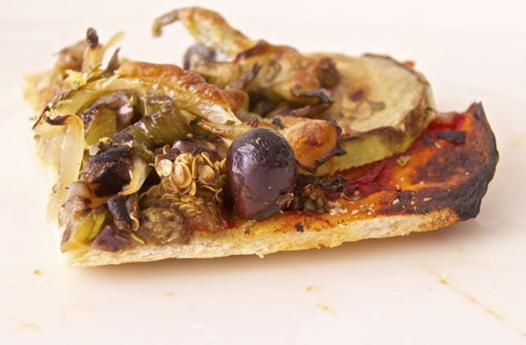 Masa para pizza casera fina y fácil