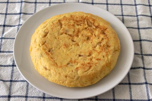 Tortilla española de patatas y cebolla