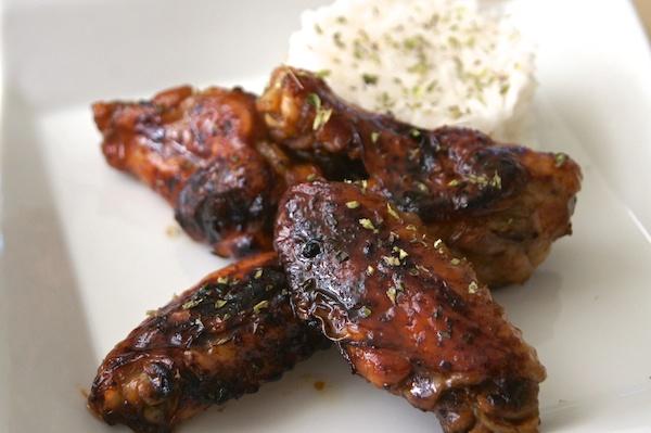 Receta de alitas de pollo al horno con miel y salsa de soja