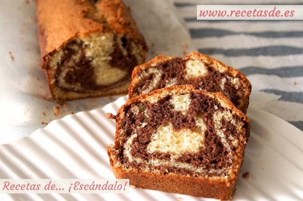 Bizcocho Mármol De Yogur Y Chocolate Casero Y Esponjoso