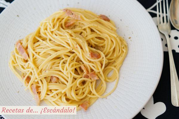 Receta tradicional de espaguetis a la carbonara