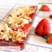 Crumble de fresas, la receta más fácil