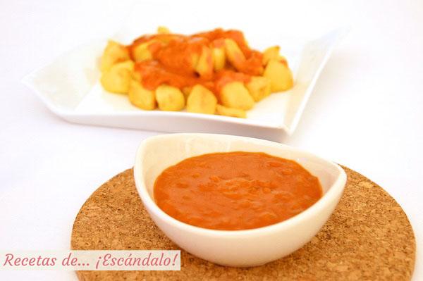 Receta fácil de salsa brava casera para las patatas bravas