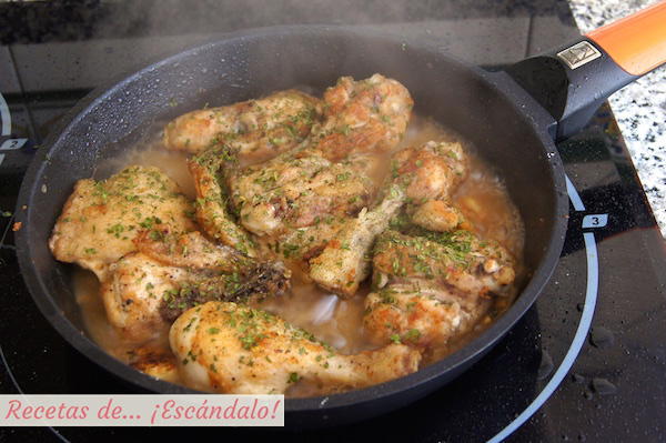 Como preparar pollo al ajillo