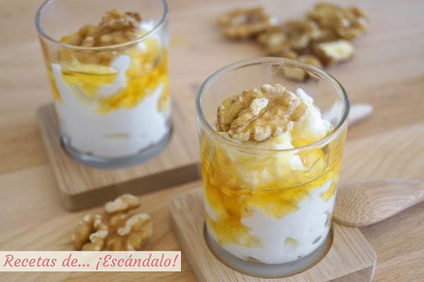 Queso fresco con miel y nueces (mel i mato)