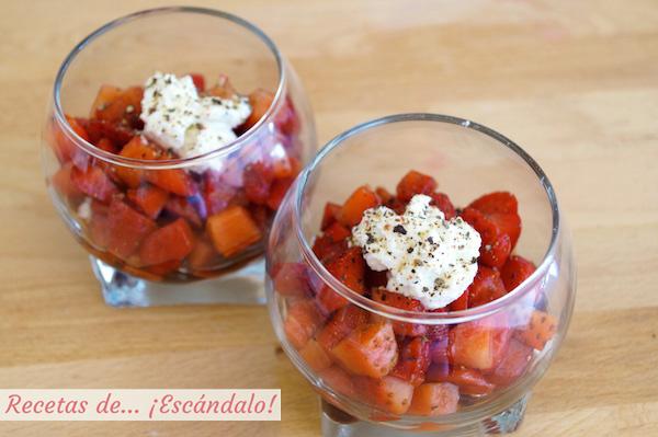Receta de vasitos de fresas con vinagre balsamico y queso