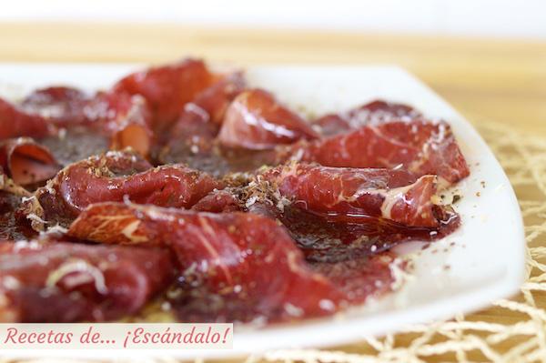 Receta de cecina de leon con chocolate, queso y aceite de oliva