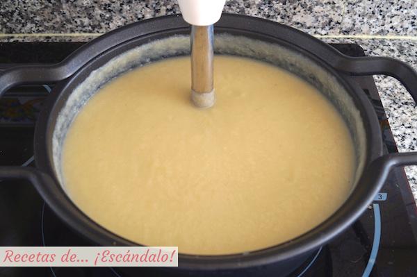 Triturar crema de coliflor
