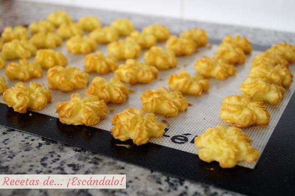 Patatas duquesa recien horneadas