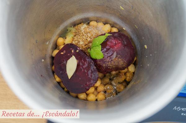Ingredientes para el hummus de garbanzos y remolacha