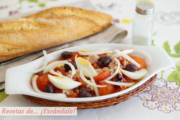 Ensalada murciana de tomate, tambien llamada moje o mojete