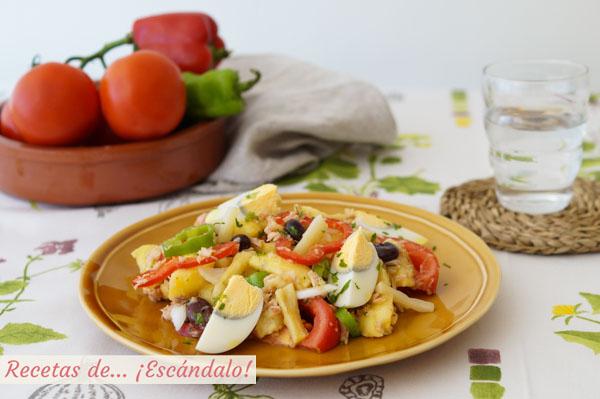 Receta de ensalada campera de patatas tradicional