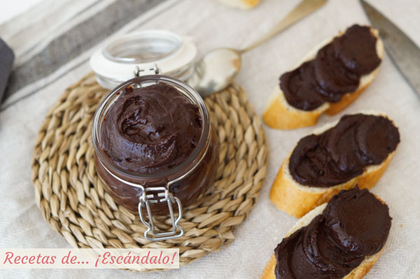 Receta de crema de cacao y avellanas o nutella