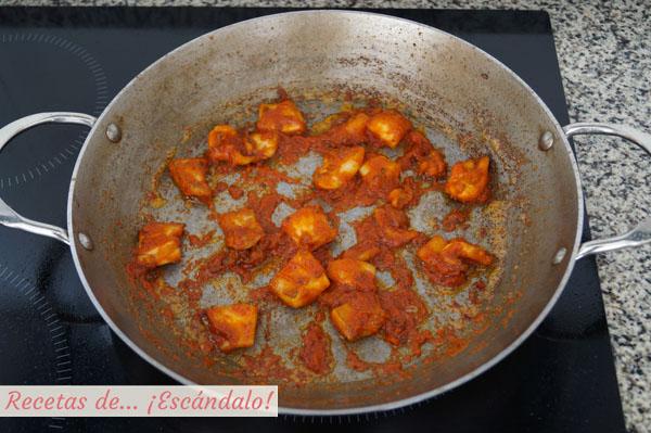Sepia con tomate