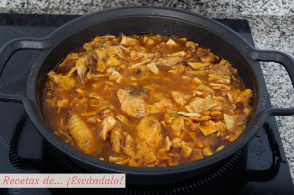 Gazpacho manchego tradicional
