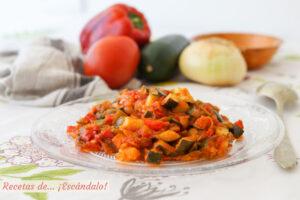 Receta de pisto manchego de verduras tradicional, muy fácil y sabroso