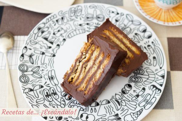 Receta de tarta de galletas y chocolate sin horno. La mas facil y con potente sabor a chocolate