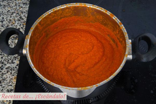 Salsa de tomate casera o salsa pomodoro