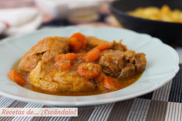 Receta de pollo en salsa tradicional con patatas salteadas