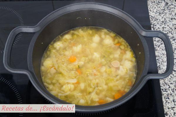 Como hacer sopa de verduras casera
