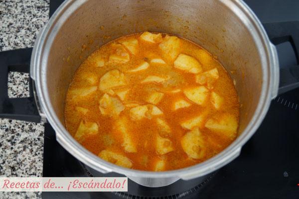 Guiso de patatas con bacalao