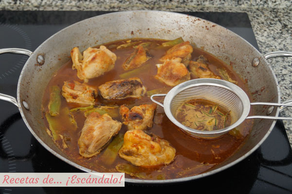 Caldo para paella valenciana