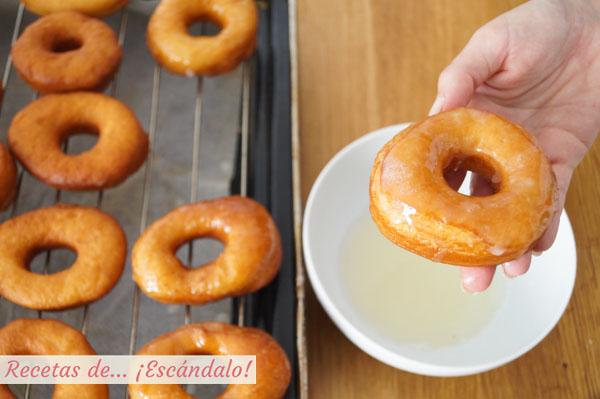 Donuts caseros con glaseado
