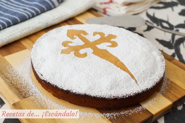 Tarta de Santiago tradicional