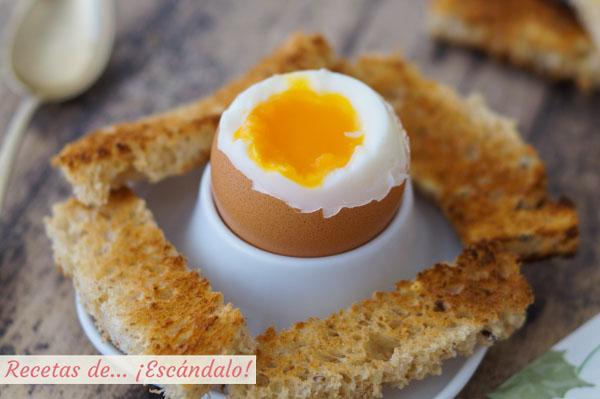 Como hacer un huevo pasado por agua. Tiempo y trucos