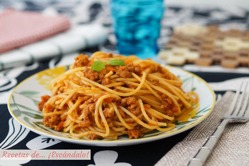 Spaghetti A La Boloñesa Una Receta De Pasta Para Triunfar Recetas De Escándalo