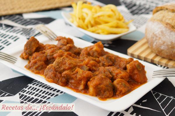 Receta de magro con tomate, una tapa o aperitivo tradicional