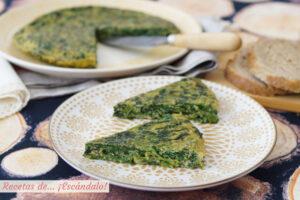 Tortilla de espinacas frescas, muy rica y sencilla