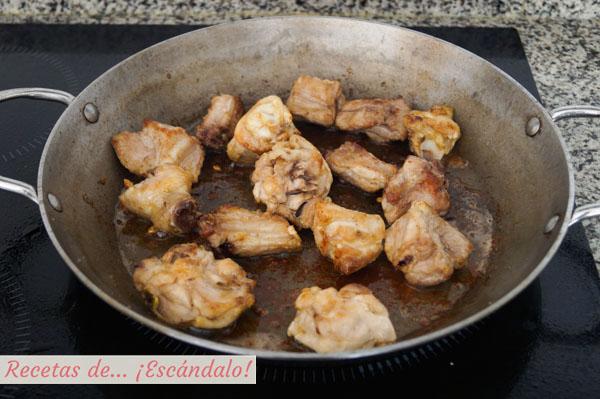 Pollo para la paella mixta