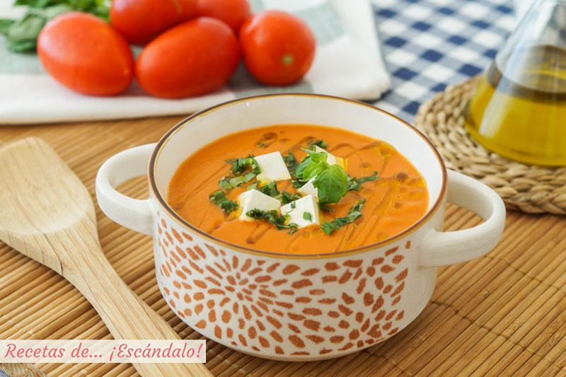 Sopa de tomate, caliente o fria y muy facil
