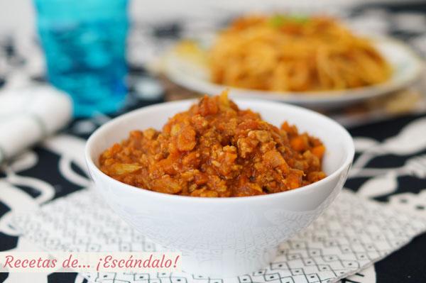 Receta sabrosa y sencilla de salsa bolonesa casera