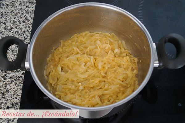 Cebolla caramelizada para sopa de cebolla