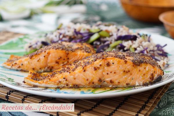 Receta de salmon al horno con salsa de mostaza y miel y arroz blanco con verduras