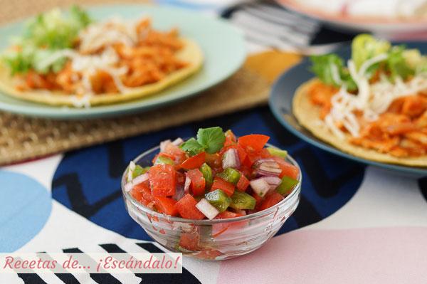Receta de pico de gallo, una salsa mexicana muy facil