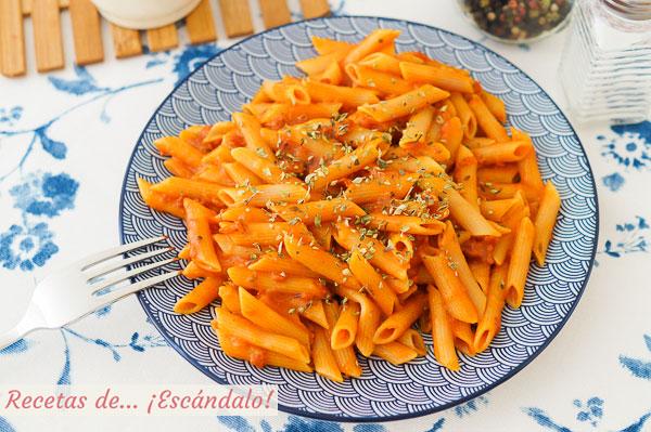 Receta de macarrones con tomate casero, sabrosos y sencillos