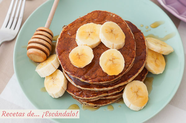 Como hacer pancakes o hot cakes de banana o platano. Sabrosos, rapidos y faciles