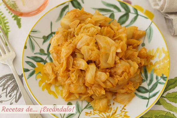 Como hacer repollo rehogado con pimenton y ajos, una receta ligera, sencilla y rica