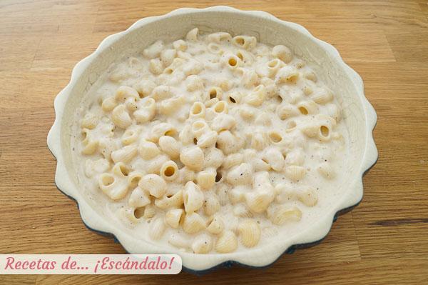 Mac and cheese o macarrones con queso con bechamel casera